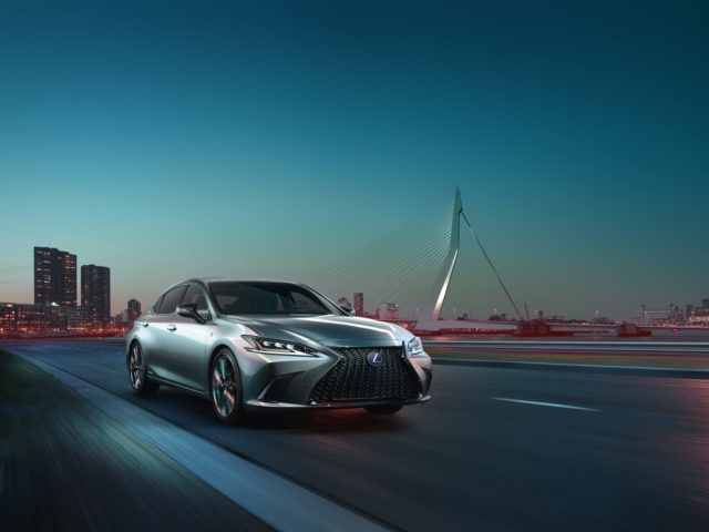 All-New Lexus ES Unveiled In Beijing