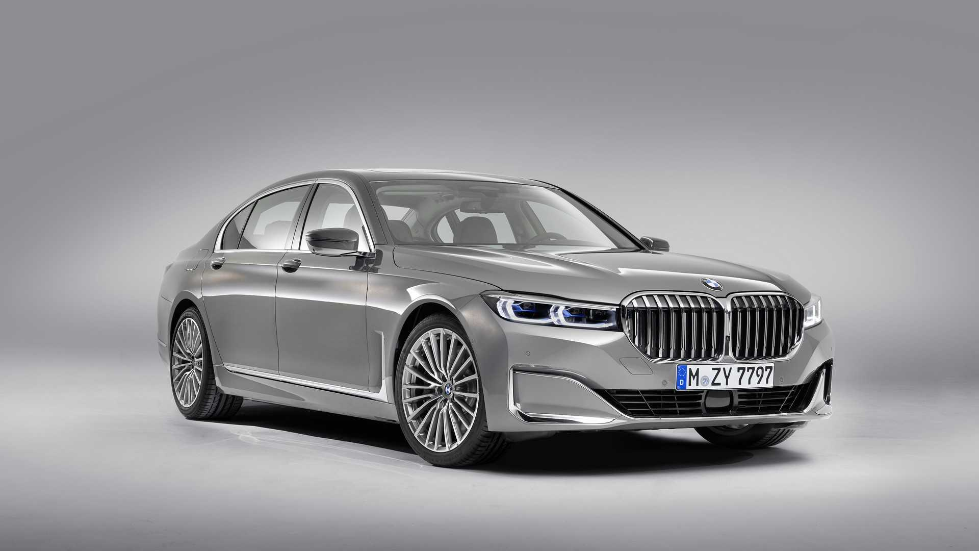 Bmw 7 Series Facelift Commands Attention Carsaar